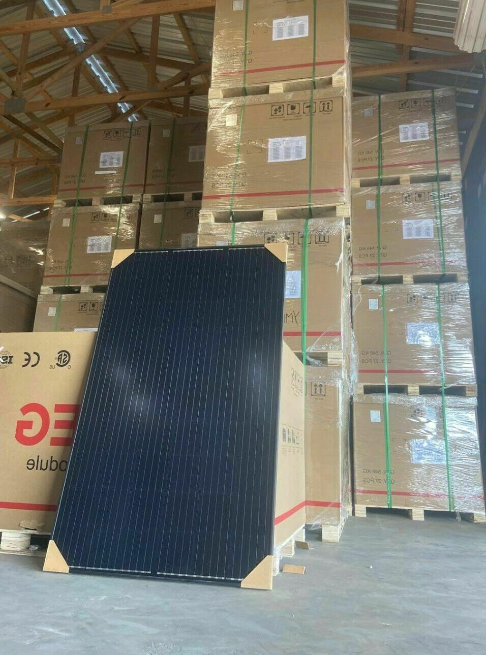 NEW 27pc 305W 60Cell All Black Solar Panel Pallet 8.2kW 25YR