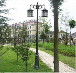 6.7 foot high outdoor solar lamp post with two heads and LED